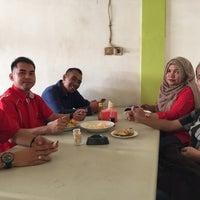 Photo taken at Lontong Medan by Ian Juanda M. on 11/2/2015
