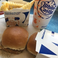 Photo taken at White Castle by Grace G. on 8/17/2017