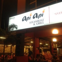 Photo taken at Api Api Steamboat & Grill by nlh™ on 8/13/2013