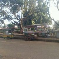 Photo taken at Lapangan tugu pelaihari by Teguh E. on 7/2/2013