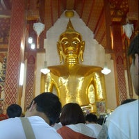 Photo taken at Wat Sri Khom Kham by Mid LM P. on 5/9/2013