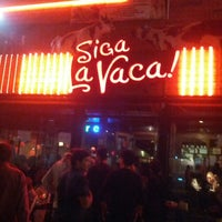 Photo taken at Siga La Vaca! by Léo A. on 7/14/2013