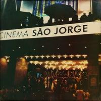 Foto tirada no(a) Cinema São Jorge por Vanda L. em 9/20/2013