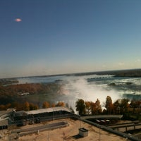 Photo taken at Four Points by Sheraton Niagara Falls Fallsview by Reges B. on 10/19/2012