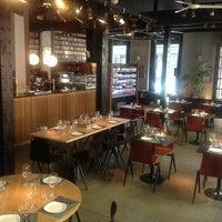 Foto tomada en Diurno Restaurant & Bar por Carlos B. el 6/17/2013