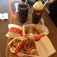 Photo taken at Restaurant A&W Pekan by Sham S. on 11/25/2012