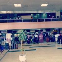 Photo taken at Murtala Muhammed International Airport (LOS) by Kwabena on 2/23/2013