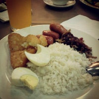 Photo taken at Pizza Hut Nilai by Mkn A. on 5/16/2013