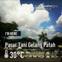 Photo taken at Pasar Tani Gelang Patah by Mkn A. on 2/9/2013