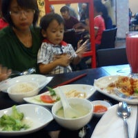 Photo taken at Rice-Bowl Family Restaurant by Raditya P. on 5/9/2013
