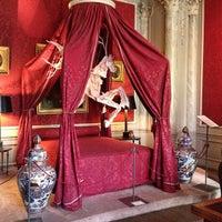 Photo taken at Museum Van Loon by Louise G. on 8/18/2013