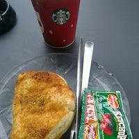 Photo taken at Starbucks by Alfanso M. on 12/28/2012