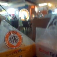 Photo taken at J.Co Donuts & Coffee by Wachidin M. on 12/25/2014