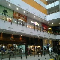 Photo taken at Miramar Shopping by Cliquet D. on 1/11/2013