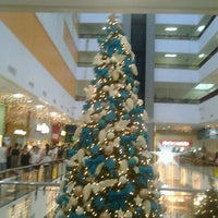 Photo taken at Miramar Shopping by Cliquet D. on 12/26/2012