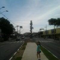 Foto tirada no(a) Praça dos Tambores por Cliquet D. em 2/12/2013