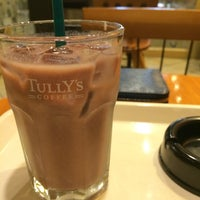 Photo taken at Tully's Coffee by macotsu on 7/8/2014