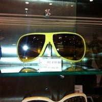 Photo taken at Shopping leblon by Antoni N. on 11/21/2013