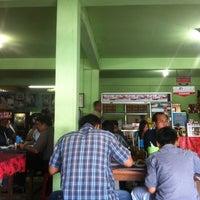 Photo taken at Warung Nasi Babi Guling Wira Bhuana by Vy B. on 3/4/2013