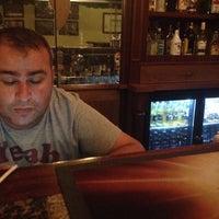 Photo taken at Goldcıty joe hanney ırısh bar by Hakan K. on 10/14/2015