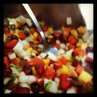 Foto tirada no(a) Tuti Fruti por Cristiane B. em 10/16/2012