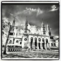 Photo taken at Masjid Islamic Centre by !!! Riena Chiemo Riyanti ®. on 12/11/2012