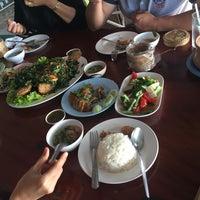 Photo taken at ขาหมูกรอบ-ไก่ย่างสันมะเฟือง by Thip K. on 12/19/2016