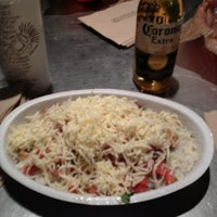 Photo taken at Chipotle Mexican Grill by Pancha B. on 11/16/2012