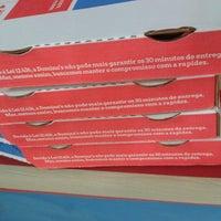 Foto tirada no(a) Domino's Pizza por Pedro R. em 9/16/2012