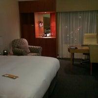 Foto tirada no(a) Hilton Adelaide por Mandi M. em 6/13/2013