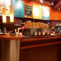 Снимок сделан в Costa Coffee пользователем Jarek B. 7/27/2013