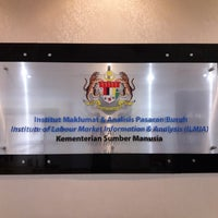 Photo taken at Institut Maklumat & Analisis Pasaran Buruh (ILMIA) by Mohamad Y. on 11/22/2016