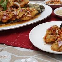 Photo taken at Lin's Garden Restaurant by Lin's Garden Restaurant on 12/9/2015