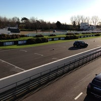 Foto scattata a Goodwood Motor Racing Circuit da Rob G. il 12/2/2012
