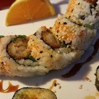 Photo taken at Thai Hana Restaurant & Sushi Bar by Robert M. on 5/6/2017