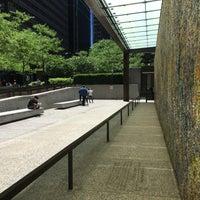 Снимок сделан в Exelon Plaza пользователем Andrew W. 6/6/2017