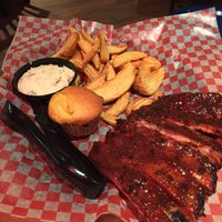 Photo taken at Famous Dave's by Sol on 1/7/2015