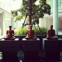 Photo taken at ศูนย์เรียนรู้สุขภาวะ สำนักงานกองทุนสนับสนุนการสร้างเสริมสุขภาพ (สสส.) by Klaikong V. on 3/6/2013
