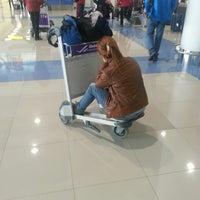 Photo taken at Выдача багажа / Baggage Claim by Zafer B. on 3/9/2013