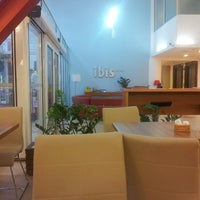 Photo taken at Hotel Ibis Maringá by Diego Nery S. on 3/7/2013