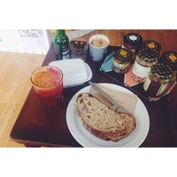 Photo prise au Healthy Stuff par Gabriela M. le7/23/2014