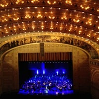 Снимок сделан в Auditorium Theatre пользователем Merideth L. 1/20/2013