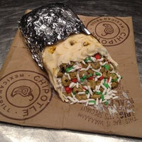 Photo taken at Chipotle Mexican Grill by Josh B. on 9/14/2013