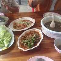 Photo taken at ครัวไทรทอง by D'ew S. on 10/24/2015