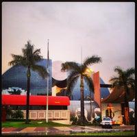 Photo taken at Brasília Shopping by Hugo D. on 12/28/2012