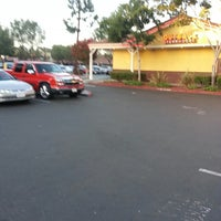 Photo taken at Outback Steakhouse by Lerone W. on 7/29/2013