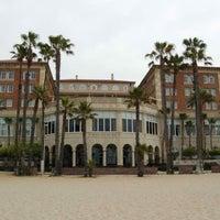 Foto tirada no(a) Casa Del Mar Hotel por Sonny S. em 12/3/2012