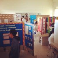 Photo taken at ห้องทดลองชีววิทยา@วชิรวิทย์มัธยม by Teeradech O. on 2/21/2014
