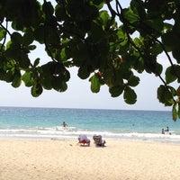 Das Foto wurde bei Mauna Kea Beach von Marci D. am 4/27/2013 aufgenommen
