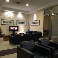 Photo taken at Aeropuertos VIP Club by rodrisars 🦖 on 1/7/2018